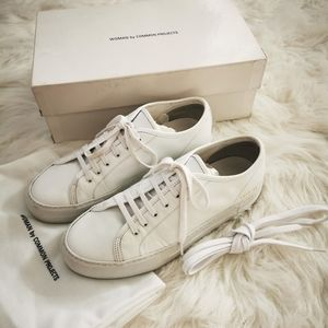 COMMON PROJECTS TOURNAMENT SNEAKER SIZE 8 WHITE